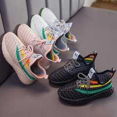 أحذية الأطفال جوز الهند الأولاد تحلق الأحذية الرياضية المنسوجة دواسة واحدة 2020 نماذج الربيع الفتيات الأحذية شبكة تنفس حذاء طفل عارضة