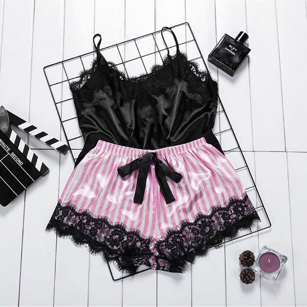 Cross border processing hot selling Amazon popular eBay goods source European and American sexy underwear sexy temptation lace T1047