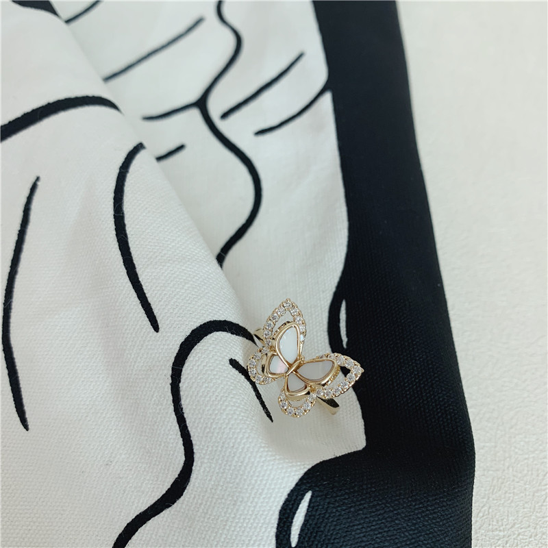 South Korea niche design opening micro-set zircon mother-of-pearl gold plated index finger ring wholesale nihaojewelry NHYQ225620