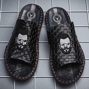 ស្បែកជើងបុរស Men Casual Sandals Leather Outdoor Non Slip Shoes PZ678490
