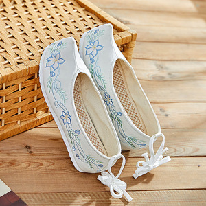 Hanfu shoes ancient traditional drama cosplay shoes children chinese traditional film cosplay embroidered shoes for girls