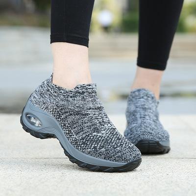 跨境大码女鞋袜子鞋气垫运动鞋中老年妈妈鞋坡跟摇摇鞋舞蹈鞋女