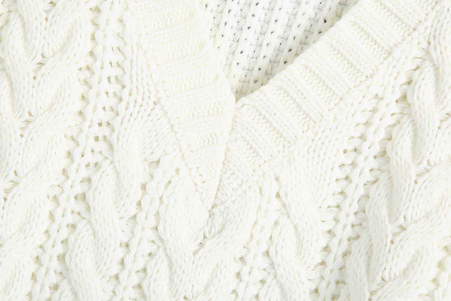Wholesale autumn cable knit v-neck white sleeveless pullover women's knitted vest  NSAM3844