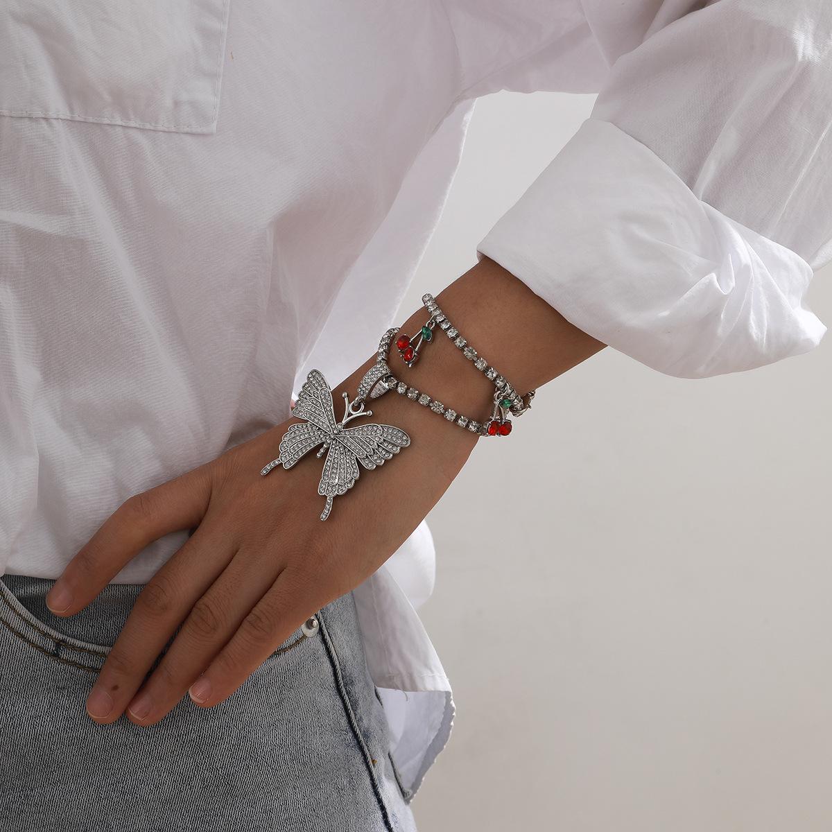 simple claw chain diamond fashion full inlaid butterfly cherry bracelet NHXR283301
