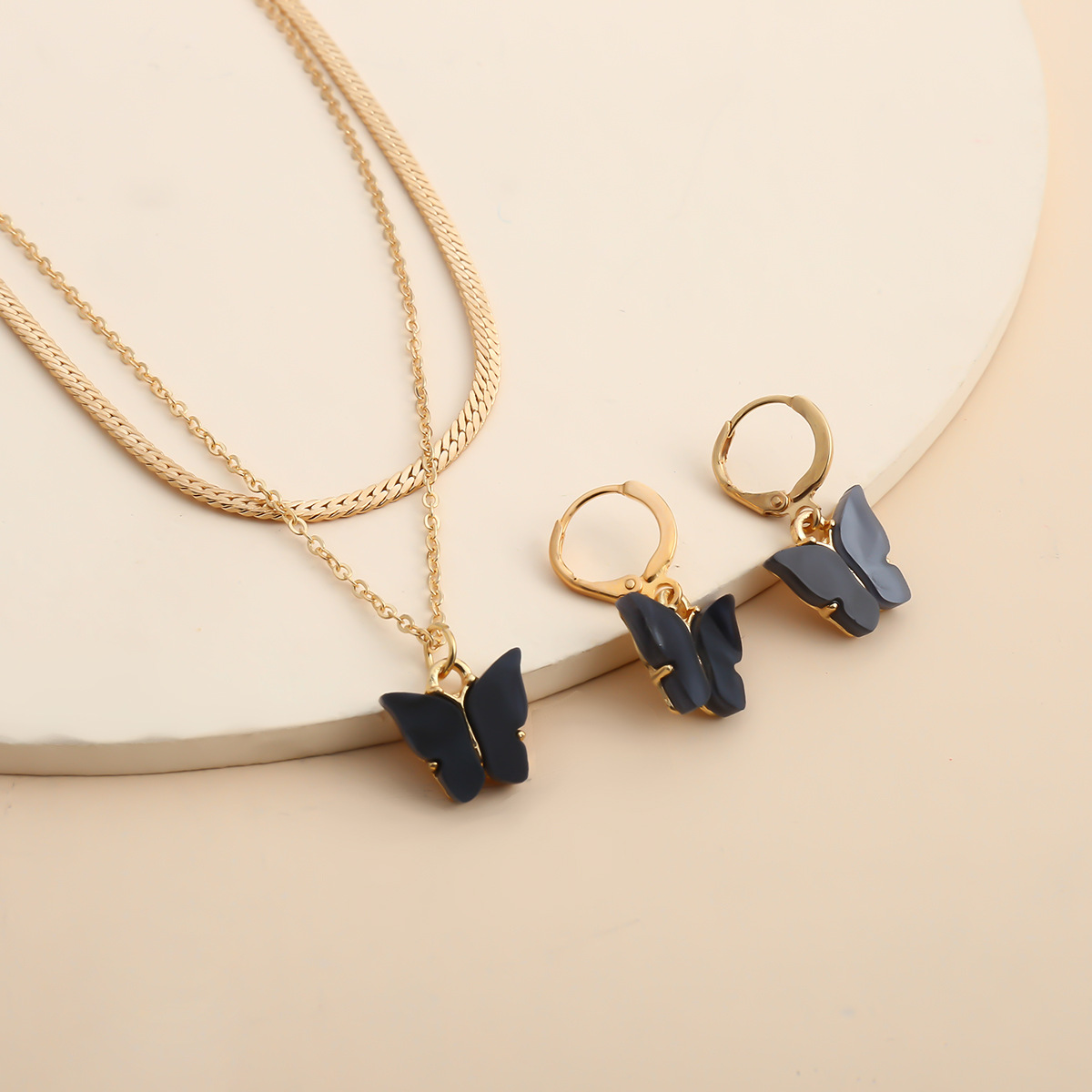 Fashion jewelry design sense geometry necklace temperament color small butterfly wild short necklace NHXR217203