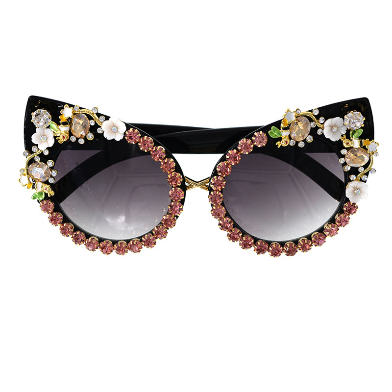 fashion new  personality Korean  diamond cat eyes UV protection fashion wild carved baroque sunglasses sunglasses nihaojewelry wholesale NHNT216273
