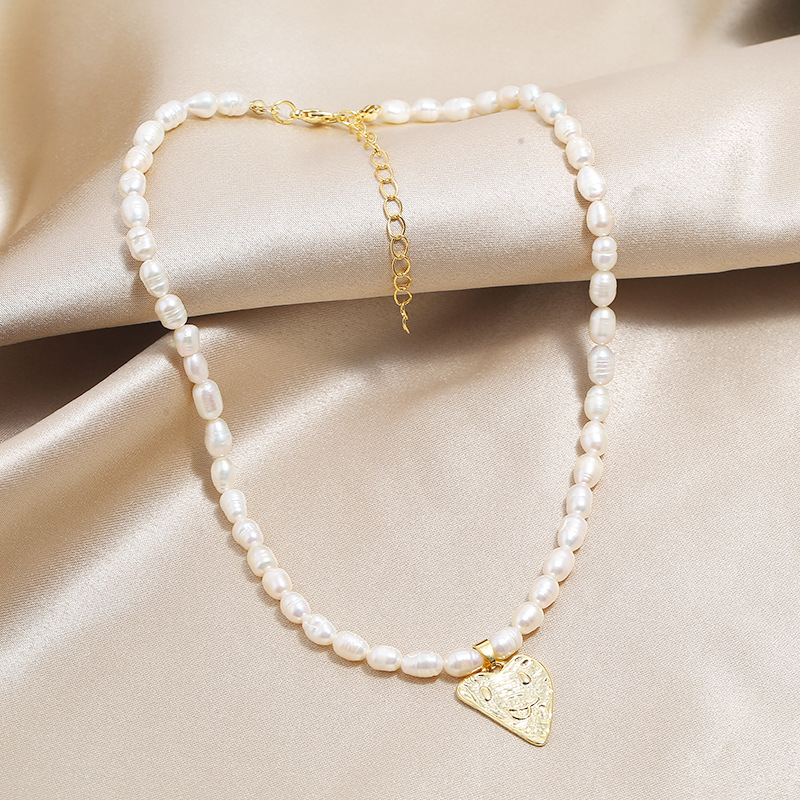 Simple new delicate necklace fashion luxury natural freshwater pearl love necklace NHKQ204449