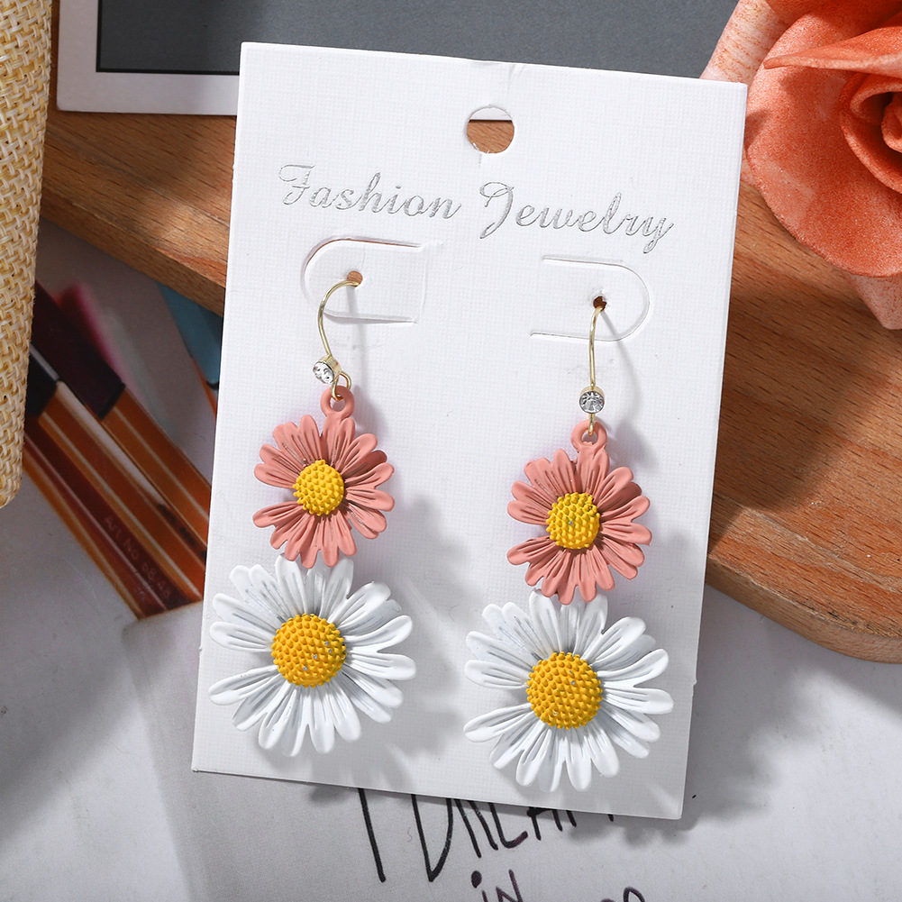Korean Sweet Summer Cute Little Daisy Long Diamond Wild Earrings NHJQ206529
