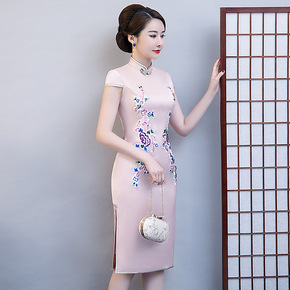 Pink round collar cheongsam embroidered banquet dress large cheongsam