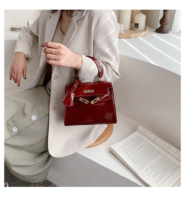 Messenger Bags for Women New Trendy Patent Leather Handbags Women's Bags Shoulder Small Square Bags NHTC202340