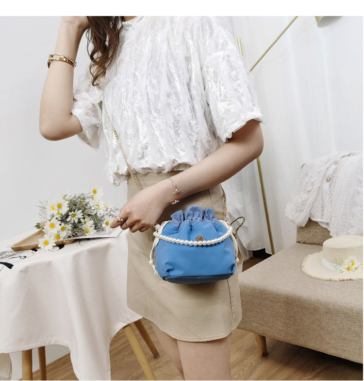 Chain bag  crossbody bag  new  shoulder bag fashion cloth bag simple style shoulder bucket bag nihaojewelry wholesale NHTC218669