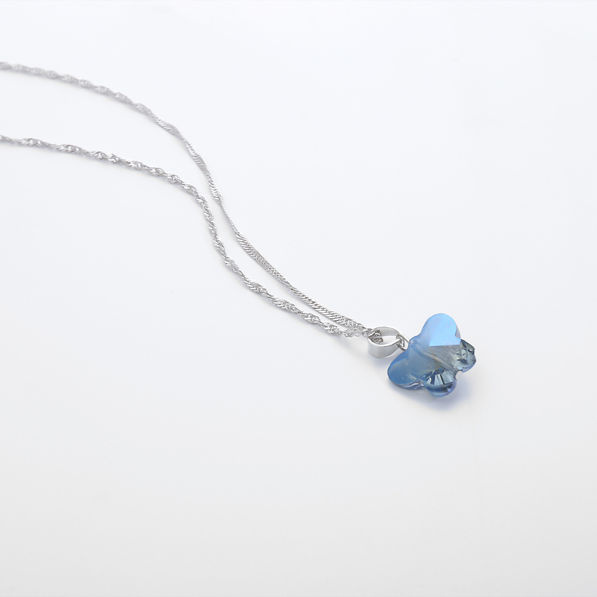 fashion jewelry simple streamer wild pendant necklace temperament geometric stained glass small butterfly necklace wholesale nihaojewelry NHXR225457