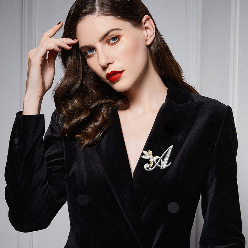 Fashion elf English letter diamond brooch  NHAYN336547