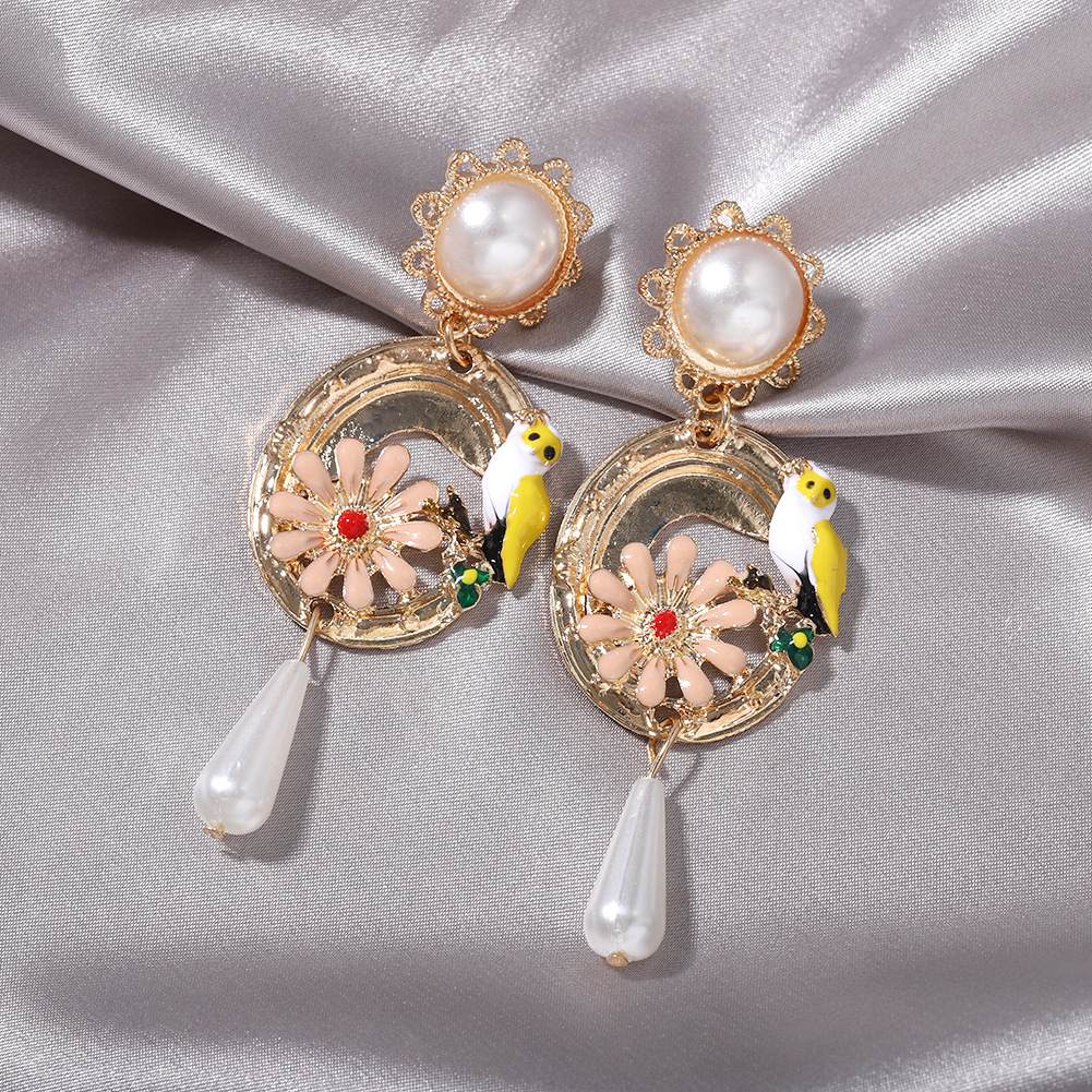 Super immortal ancient style retro ethnic style bird language floral pearl earrings  hot selling wholesale NHJQ218986