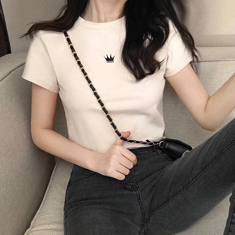 韩国女装2020新款皇冠刺绣黑白上衣修身显瘦短袖T恤女夏一件代发