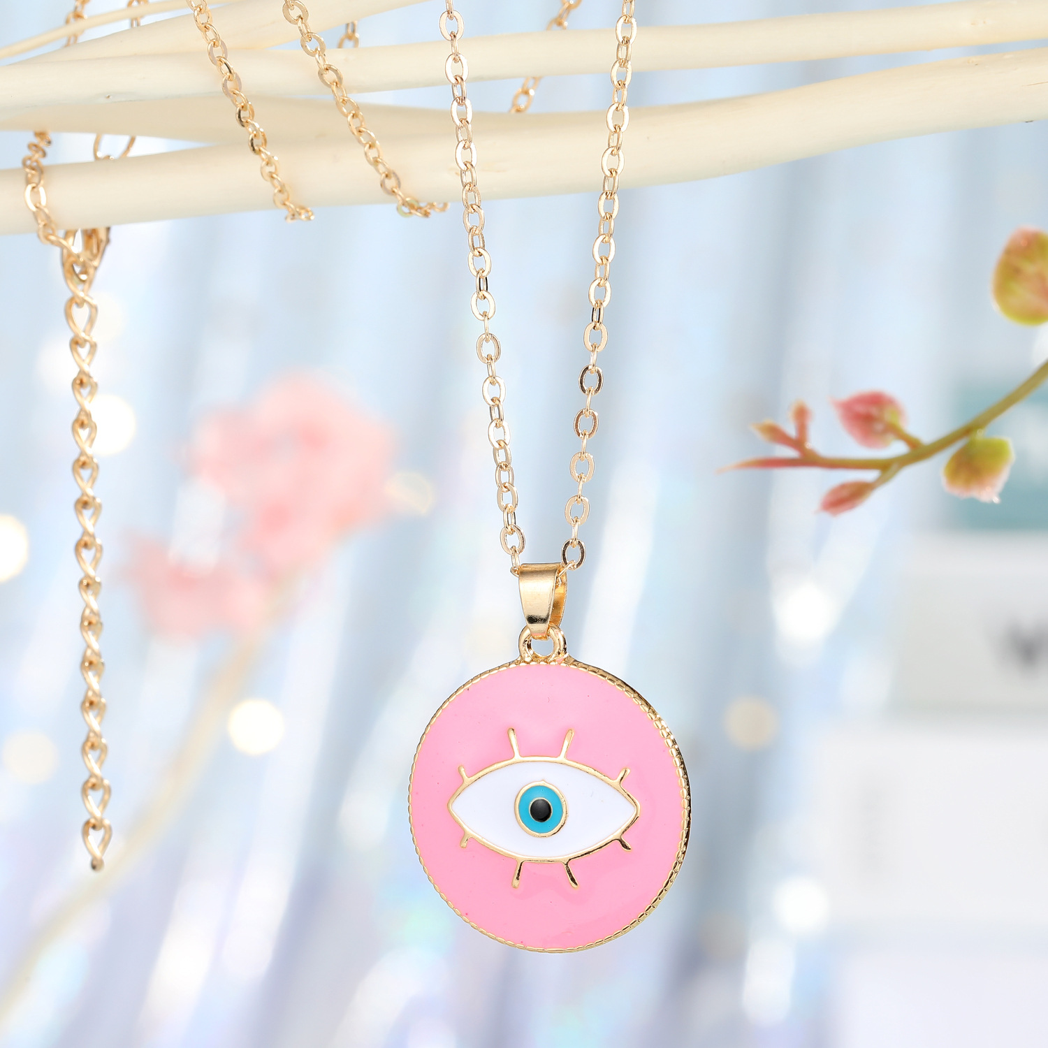 fashion jewelry Turkish blue eyes pendant necklace personality drop oil eyes necklace ladies accessories wholesale nihaojewelry NHGO223348