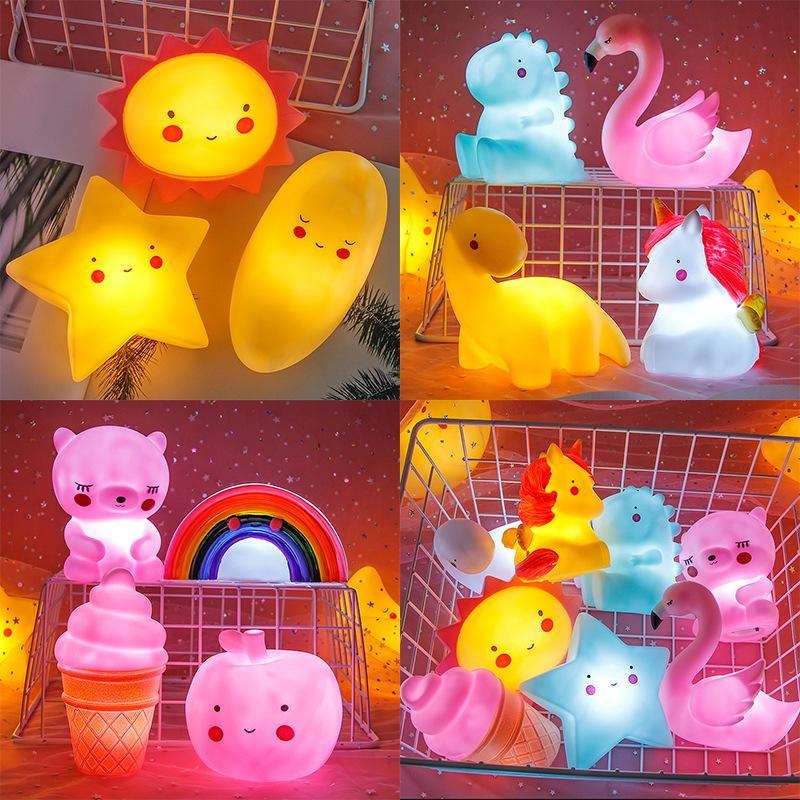 创意卡通小夜灯地摊货源夜市热卖发光玩具搪胶儿童扫码礼品定制