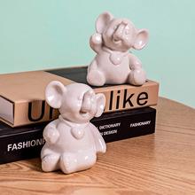 陶瓷工艺品摆件家居饰品北欧创意可爱卡通动物小兔子摆件厂家直销