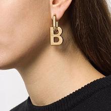 2020新巴黎时装周B字母吊坠耳环 欧美时髦复古耳钉可拆百搭ins潮