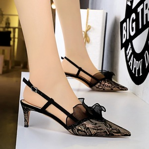 313-A5 European and American wind fashion party shoes with high heels hollow out shallow pointed mouth mesh lace s