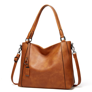 2021 autumn and winter new soft leather handbags portable European and American style fashion trend casual bag shoulder messenger bag