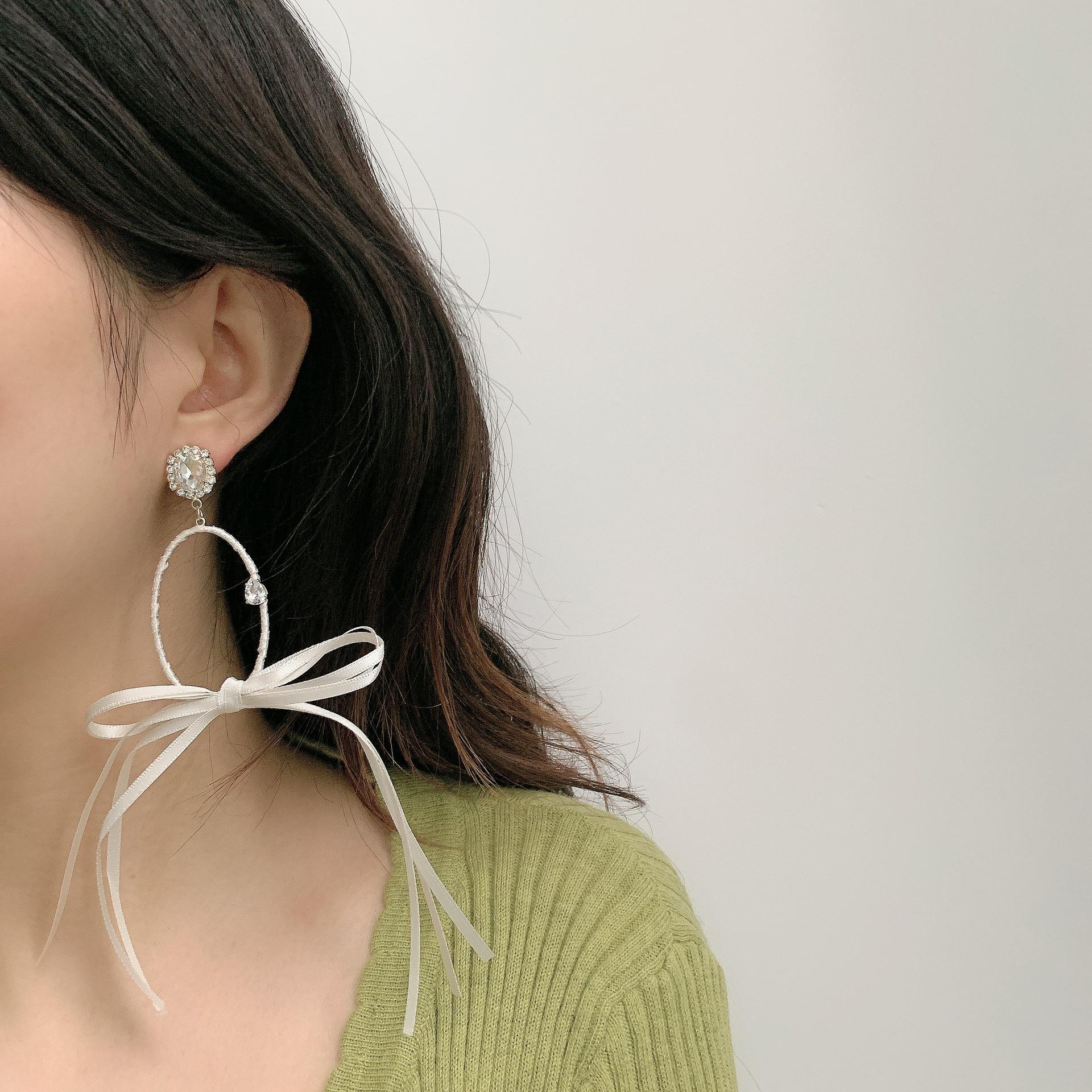 bow ribbon earrings new fashion fairy exaggerated round diamond beaded earrings wholesale NHYQ257961