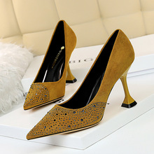 282-5 European and American sexy nightclub slim high heels cat heel suede shallow mouth pointed diamond high heel banquet shoes