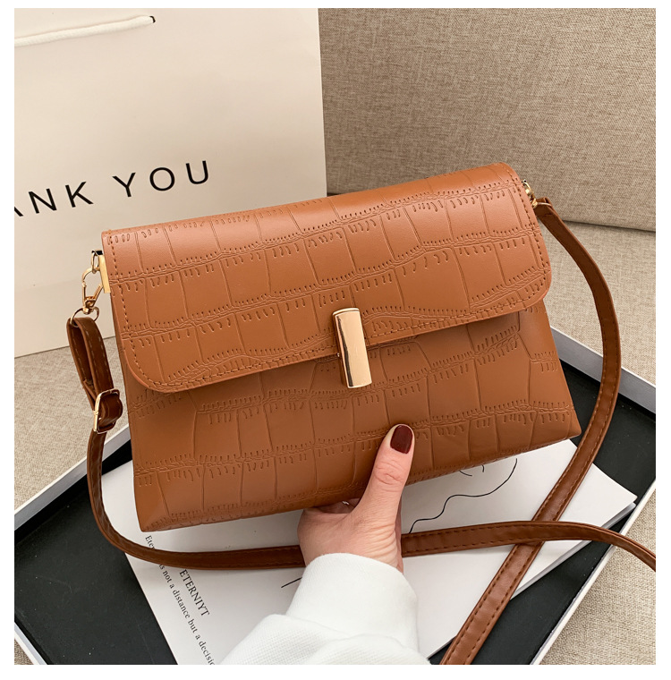 retro small bag womens bag fashion messenger bag shoulder armpit bag NHRU276860