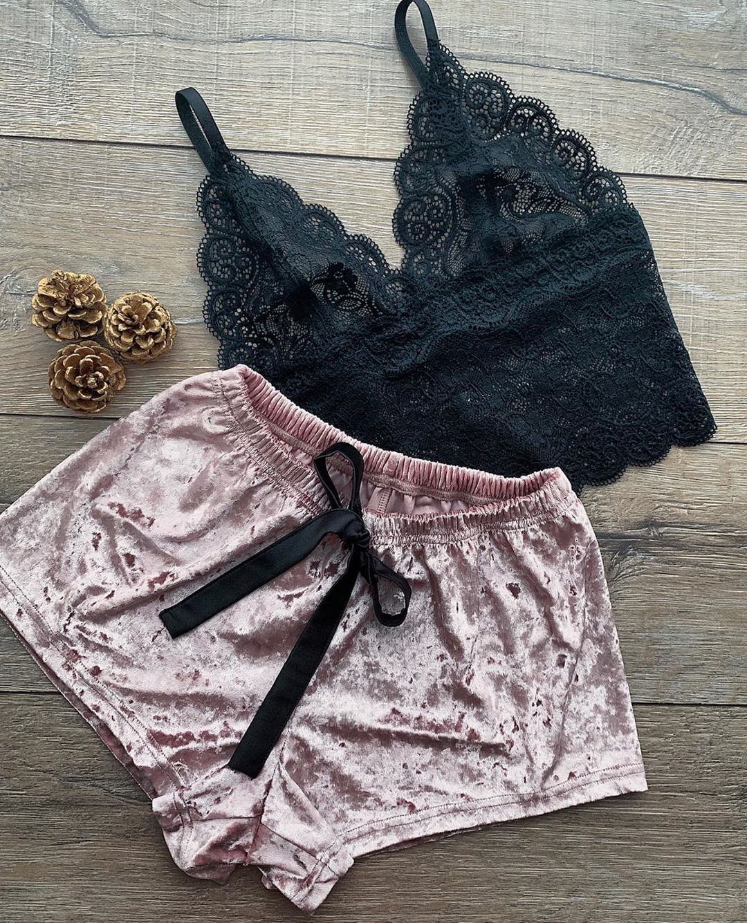 Cross border goods source hot sale Europe and America foreign trade interest underwear sexy women's lace Pajama factory direct sale wholesale