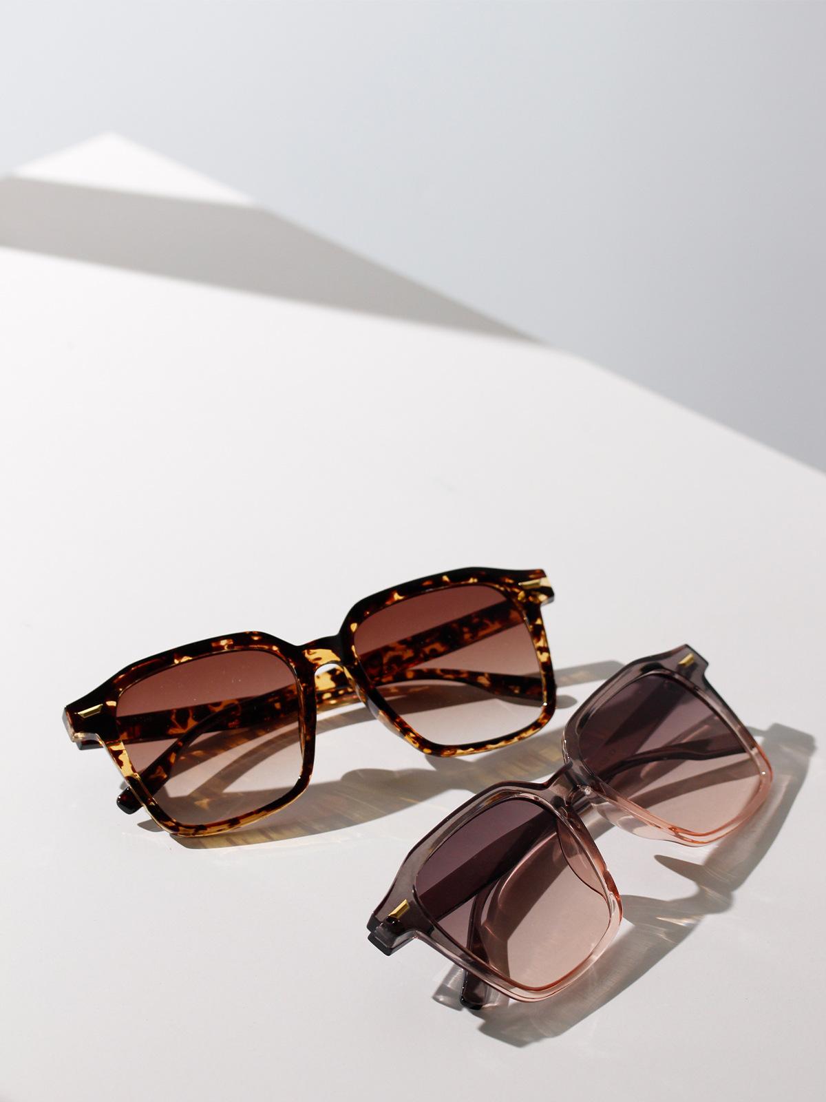 Fashion square rice nail retro sunglasses for women live small square sunglasses men antiUV glasses NHXU237673
