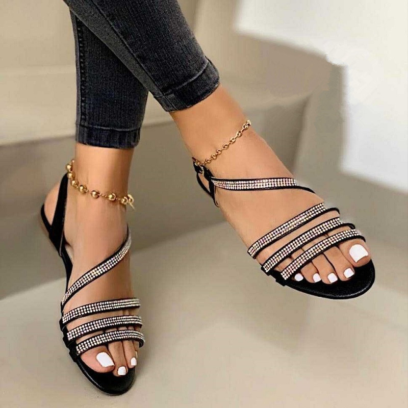 Summer New Popular Comfortable Flat Bottomed Hollow Out Diamond Sandals