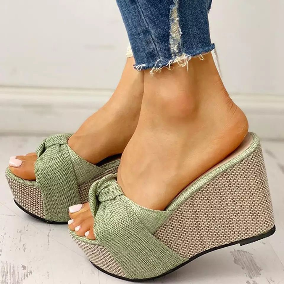 Fashion slope heel fish mouth sandals an...