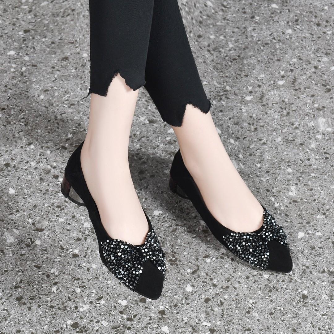羊绒低跟单鞋女2020春秋新款尖头磨砂皮蝴蝶结中跟浅口粗跟真皮鞋