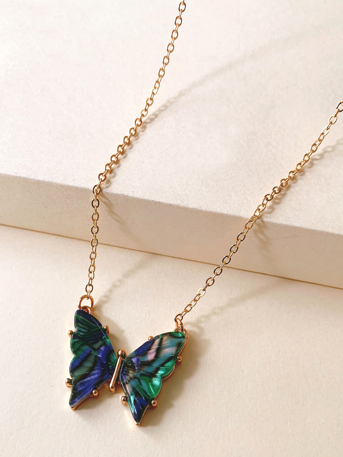 new retro necklace butterfly acrylic long sweater necklace with jewelry set accessories wholesale nihaojewelry NHJJ222379