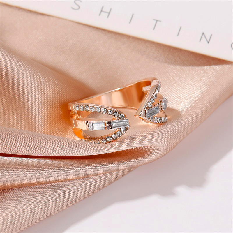 New hand fashion stylish arrow zircon ring female simple open index finger ring NHDP202821