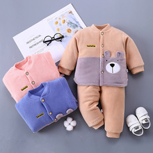 婴儿棉服夹棉秋冬季加厚套装纯棉新生儿衣服0女童1男童装一件代发