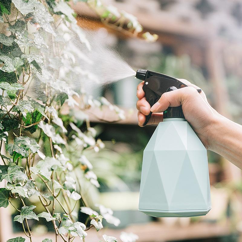 600ml浇花喷壶园艺喷雾器瓶美发喷雾器小型打药消毒喷水壶工具