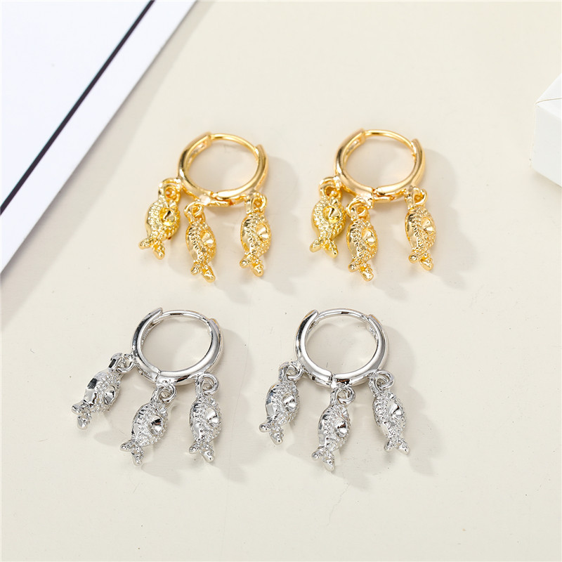 Korean temperament cute personality small fish ring hoop earrings multi-layer small animal ear ring ear buckle wholesale nihaojewelry NHGO221016