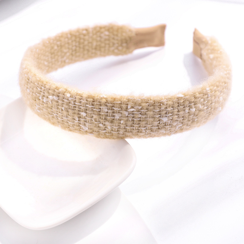 Fashion Pink Small Woolen Fabric Knitted Broad-sided Headband