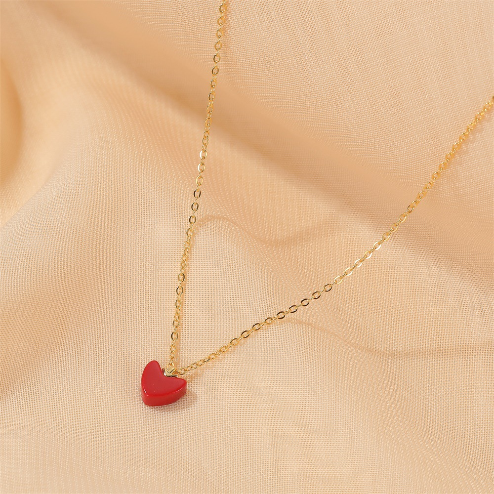 new red peach heart love wild sweet little red heart pendant womens necklace clavicle chain wholesale NHMO241128