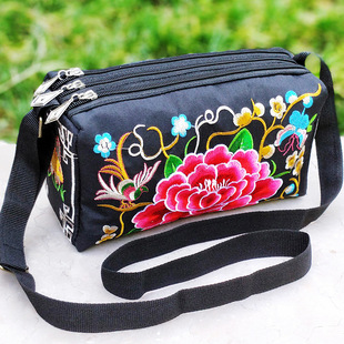 2020 new Yunnan ethnic embroidery bag messenger bag three zipper double-sided embroidery bag women's shoulder messenger bag