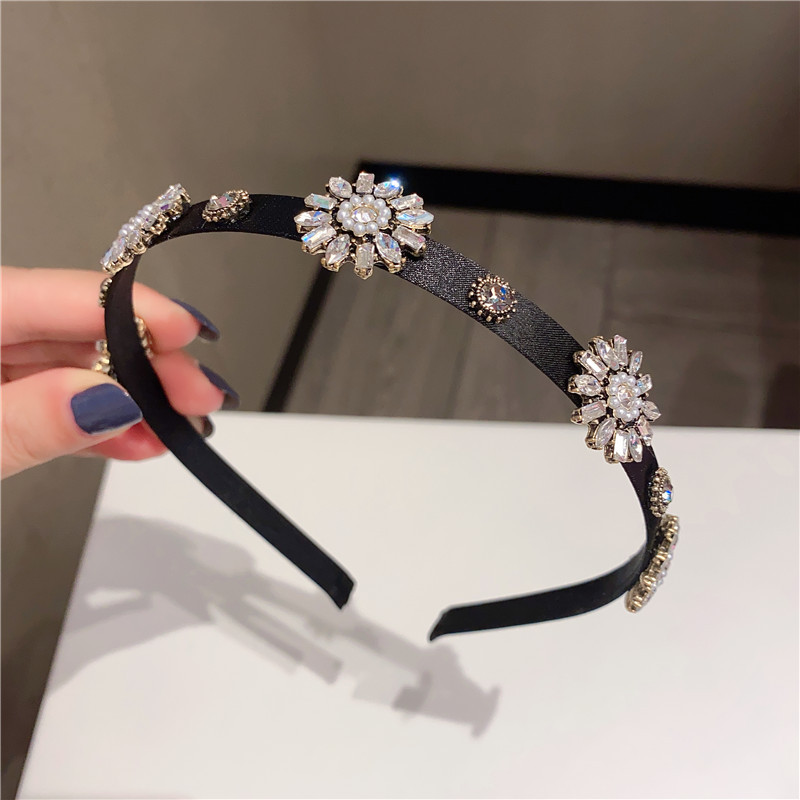 Fashion Black Alloy Headband With Diamonds Pearls And Flowers