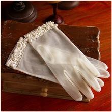 新款新娘结婚婚纱礼服手套 韩式简约网纱薄手工珍珠有指短款手套