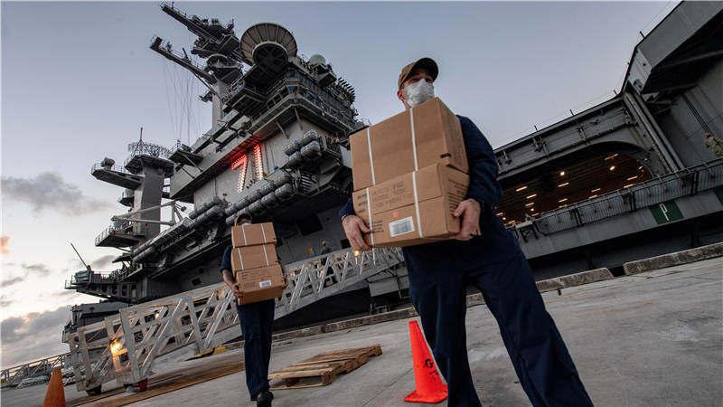 """惊变""""罗斯福号"""":美军航母抗疫风波"""