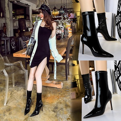 315-13 European and American fashion sexy nightclub show thin shiny patent leather elastic thin thin pointed boots and w