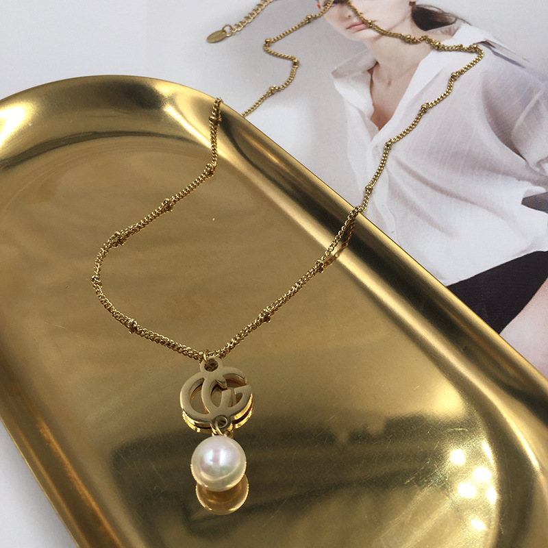 Alphabet gold necklace non-fading hypoallergenic metal tide people pearl pendant clavicle chain wholesale NHWK217546