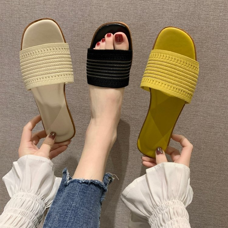 Summer New Style Female Flat Bottom Fashion Slippers Hollow Slippers