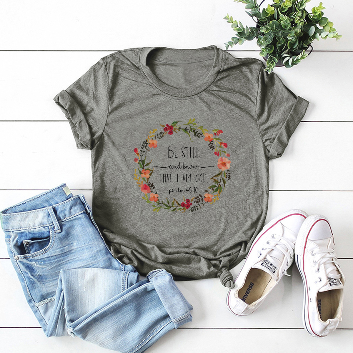 wreath letters comfortable short-sleeved T-shirt NSSN1471