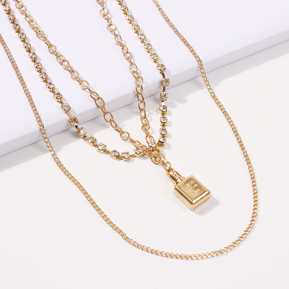 fashion hot-selling creative simple multi-element lock lock pendant necklace wholesale NHMD246679