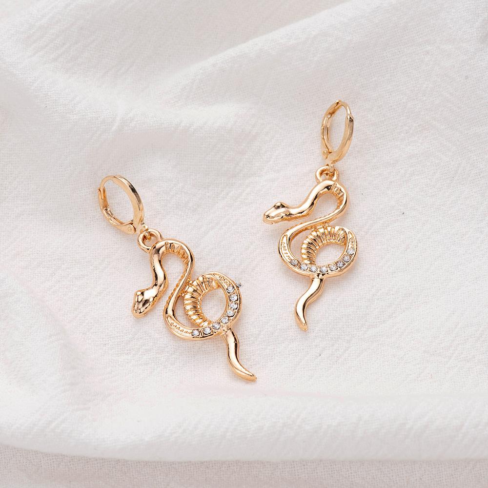 hot selling simple diamondstudded snake earrings wholesale nihaojewelry NHOA245693